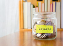 Common Financial Mistakes Community College Students Make and How to Avoid Them