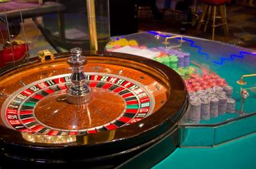 Dealing for Dollars: Casino Dealer Training at Community Colleges