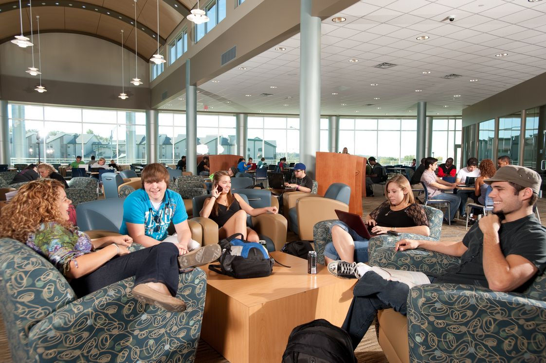 Iowa Western Community College Photo #1 - Student Center and Cyber Library